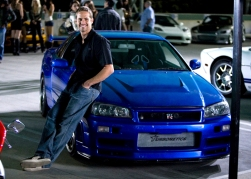 Paul-Walker-Nissan-Skyline-GTR-R34-fast-furious-celebrity-cars-pictures
