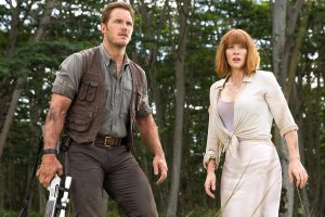 557842cb320a56cf4240d5bf_chris-pratt-bryce-dallas-howard-jurassic-world
