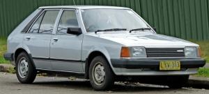 1980-1982_Mazda_323_(BD)_5-door_hatchback_01